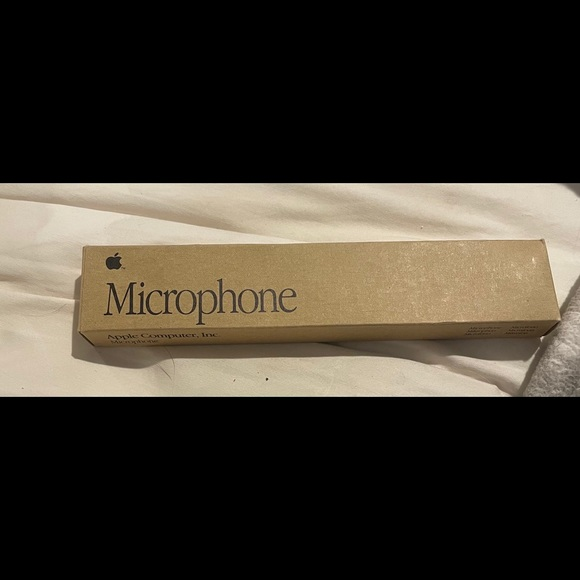 Apple computer microphone 1991